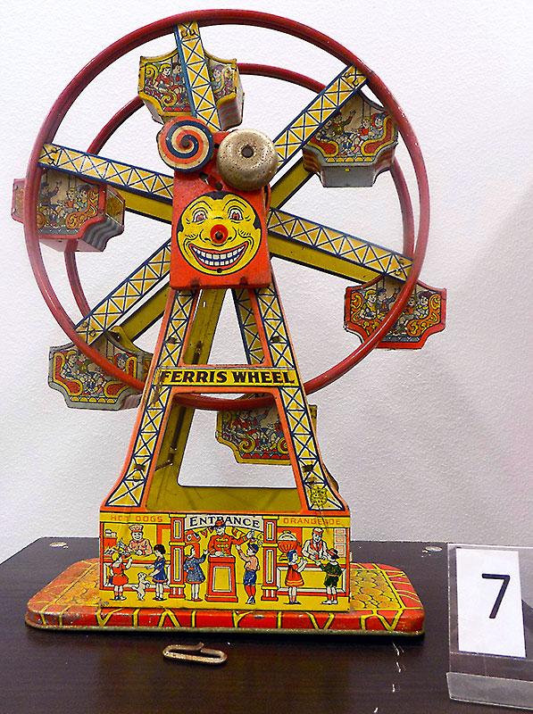 Vintage metal Ferris wheel (as is).