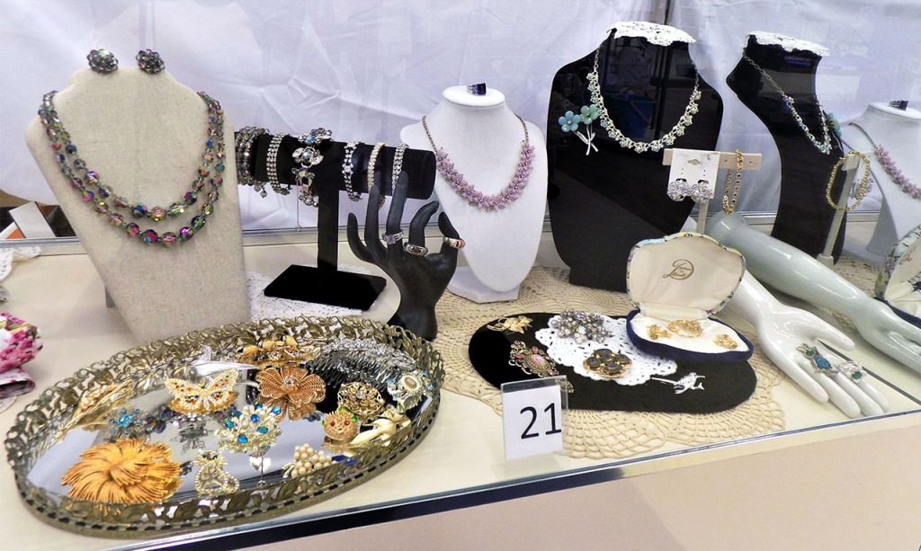 Women's beautiful jewelry collection