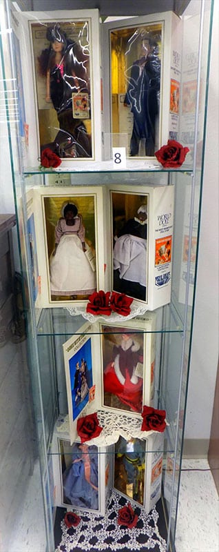 Gone with the Wind world doll lot