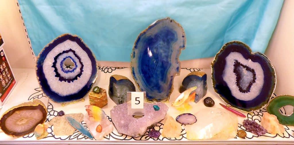 Geode Wonder rocks.
