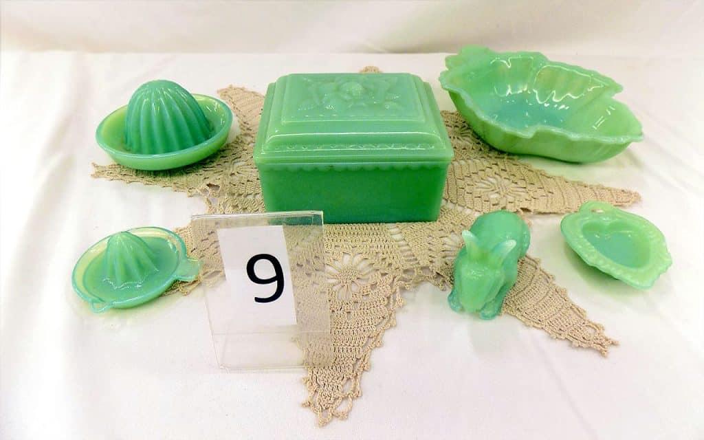 Jadeite Mid-20th century (Jade-Green opaque milk glass).