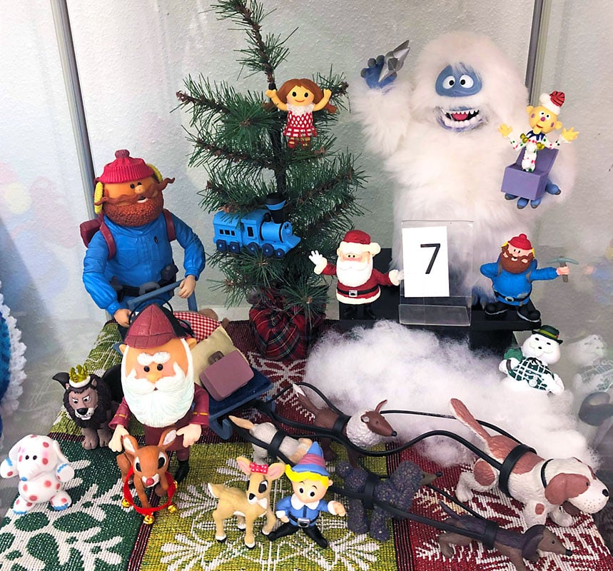 Rudolph the red nosed reindeer and the island of misfit toys figures.