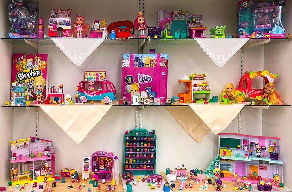 Shopkins toy lot.