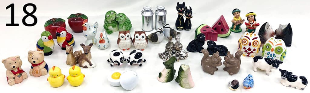 Collectable salt and pepper shakers.